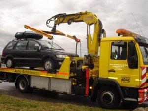 Adac effondrer panne assistance Allemagne véhicule à moteur transport véhicule mode de transport un camion véhicule commercial voiture utilité publique équipement de construction